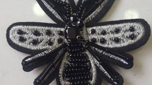 Gucci Siyah Arı Modeli